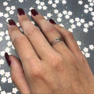Jewelry - Silver enamel pattern ring